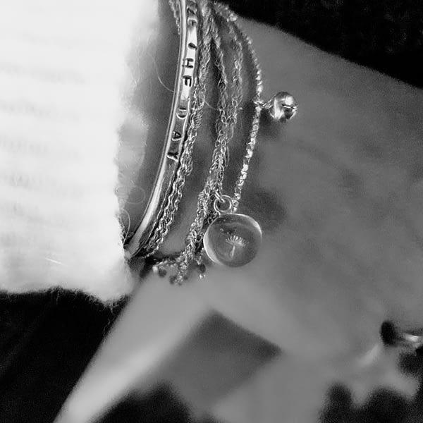 grelot bracelet scaled